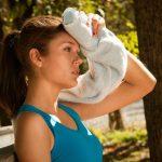 Fitnes v zharu delaj verno