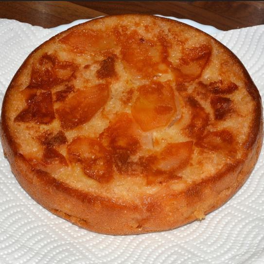 Шарлотка с яблоками в мультиварке рецепт с фото пошагово самый
