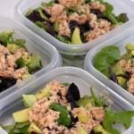 Dieticheskij salat s konservirovannym tuncom